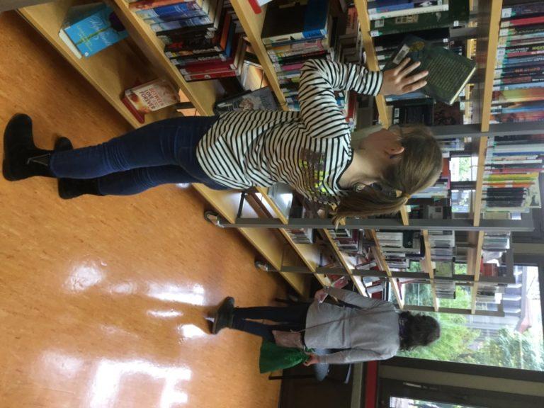 Bibliotheksbesuch